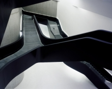 MAXXI (Museo nazionale delle arti del XXI secolo); Zaha Hadid creëerde dit prachtige museum voor contemporaine kunst; een bezienswaardigheid op zich.