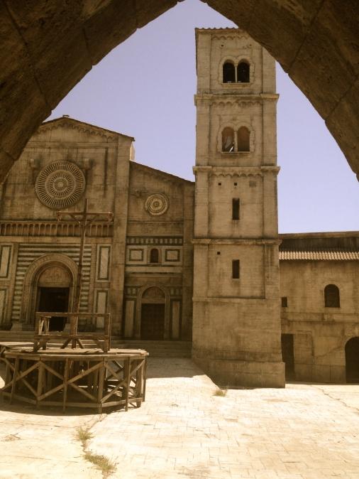 'Middeleeuws' Italië, set gebruikt voor o.a. de balkonscène van Romeo en Juliet