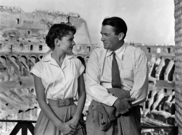 Audrey Hepburn & Gregory Pack in het Colosseum, een scene uit de romantische film Roman Holiday (1953)