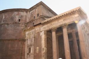 Pantheon-Rome-zijaanzicht