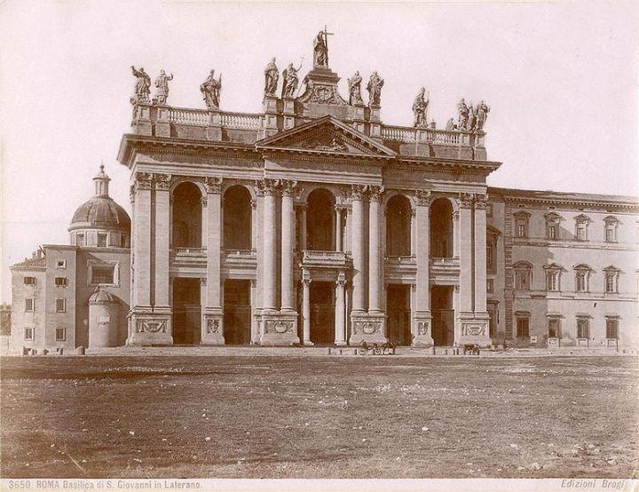 Pauselijke plaatsen inRome