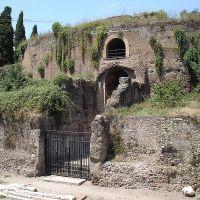 De wedergeboorte van het mausoleum van Augustus