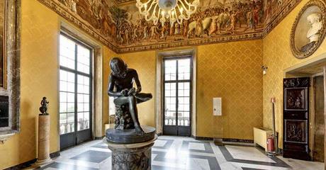 'De Doorn-uittrekker' (Il Spinario), bronzen beeld uit de 1ste eeuw v.Chr. Te vinden in de Sala dei Trionfi