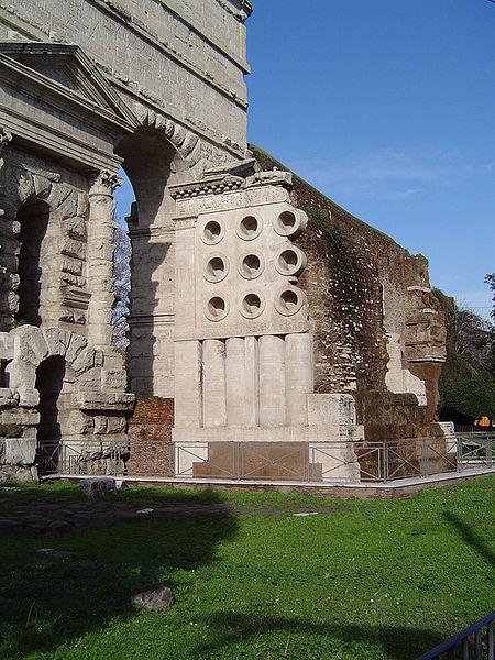 Porta-Maggiore
