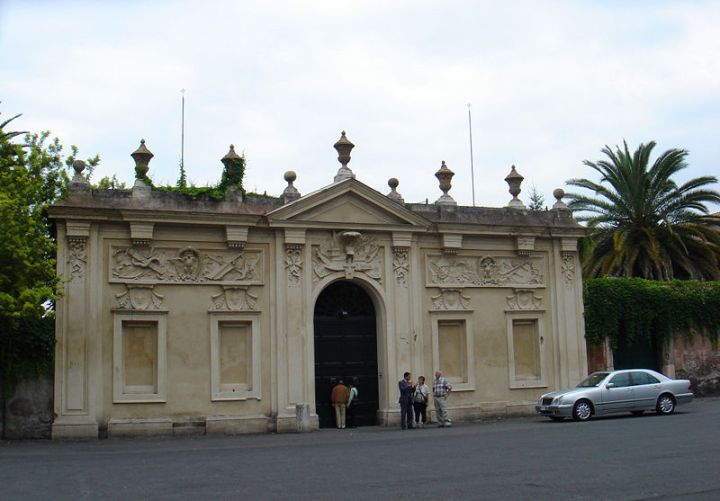 Piazza_dei_cavalieri_di_Malta