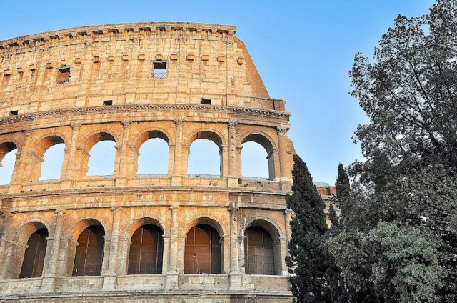 Colosseum-copyright-Orpheus kijkt om